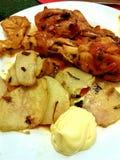 La patata y chiken Foto de archivo libre de regalías