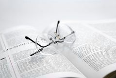 La pausa nella lettura Immagini Stock