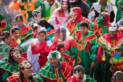 LA PAZ, BOLÍVIA - 11 DE FEVEREIRO DE 2018: Dançarinos no La Paz Carnival fotos de stock royalty free