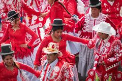 LA PAZ, BOLIVIA - 11 FEBBRAIO 2018: Ballerini a La Paz Carnival fotografia stock