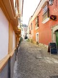 LA PAZ, BOLIVIEN, IM DEZEMBER 2018: Straßen La Paz, Bolivien im Stadtzentrum stockbild