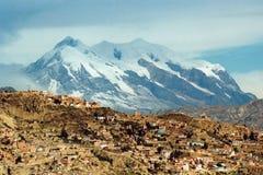 Montagna di Illimani e di La Paz Immagini Stock Libere da Diritti