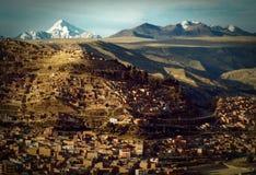 La Paz Houses i en stad Arkivfoton
