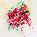 La peinture colorée vive de fond d'aquarelle abstraite avec le jet, repère, éclabousse Tiré par la main sur la texture de papier  Image libre de droits