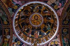 La peinture de la voûte de l'église orthodoxe en Grèce images libres de droits