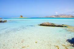 La Pelosa Stintino - costa bonita de sardinia no norte Imagens de Stock Royalty Free