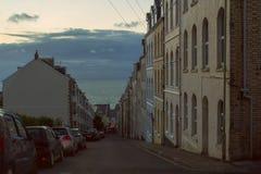 La pendiente abajo de la calle Imagen de archivo
