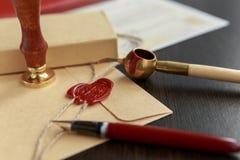 La penna ed il bollo pubblici del ` s del notaio sul testamento e sull'ultimo  fotografie stock