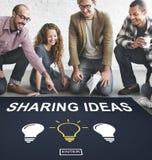 La pensée créative d'idées imaginent le concept d'inspiration image libre de droits