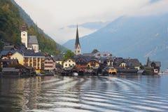 La pequeña ciudad en Austria - Hallstatt Fotografía de archivo