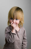 La pequeña muchacha traviesa Fotos de archivo