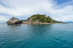 La petite île de la mer d'Andaman Photos libres de droits