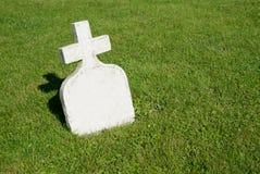 La petite pierre tombale Photographie stock libre de droits