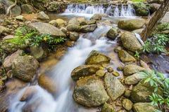 La photo de paysage, cascade de la Thaïlande Images stock