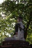 La photo de la statue de Bouddha dans la méditation du behide Image libre de droits
