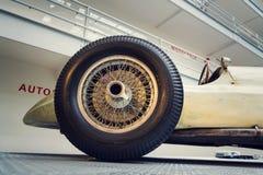La photo filtrée de la voiture de course de Mercedes-Benz W154 Grand prix a conçu par Rudolf Uhlenhaut dans le musée technique na Photo libre de droits