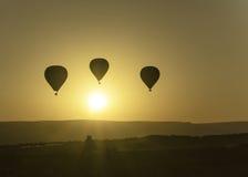 Ballons de lever de soleil image stock