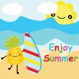 La piña linda quiere practicar surf en historieta del vector de la playa, la postal del verano, el papel pintado, y la tarjeta de Fotografía de archivo