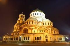 La più grande cattedrale in Bulgaria entro la notte Fotografia Stock