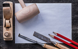 La piallatrice di legno del martello degli scalpelli piani disegna a matita pulito Fotografia Stock