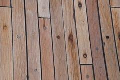 La piattaforma è sulla nave Struttura di legno superficie brown fotografia stock