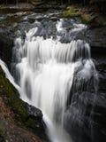 La piccola cascata a valle da Bushkill cade, la Pensilvania Fotografia Stock Libera da Diritti