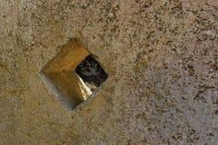 La piedra de molino, prensa del aceite de oliva Fotos de archivo libres de regalías