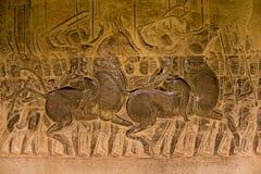 La piedra talló en la pared de Angkor Wat Imágenes de archivo libres de regalías
