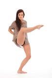 La pierna atractiva del bailarín levantó la punta señalada en actitud Imagen de archivo