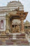 La pierre a découpé le soulagement de bas érotique dans le temple hindou dans Khajuraho, Inde photos libres de droits