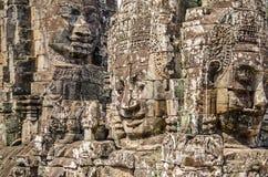La pierre de sourire fait face du temple de Bayon à Angkor Thom au Cambodge photo stock