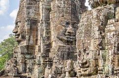 La pierre de sourire fait face du temple de Bayon à Angkor Thom au Cambodge images stock