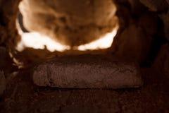 La pierre est roulée à partir de la tombe photographie stock