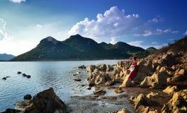 La pierre et les lacs uniques Images stock