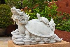 La pietra intaglia il tortoise del drago Fotografie Stock Libere da Diritti