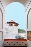 La pieza central del templo del diente en Kandy, Sri Lanka imágenes de archivo libres de regalías
