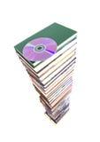 La pila di libri è un CD immagini stock