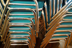 La pila di sedie Fotografie Stock Libere da Diritti