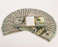 La pile d'argent en des dollars US encaissent des billets de banque Photo stock