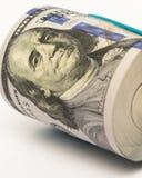 La pile d'argent en des dollars US encaissent des billets de banque Image libre de droits
