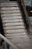La pile de lingots en aluminium crus en aluminium profile l'usine photographie stock