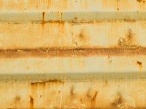 La pintura vieja en el metal del piso corroyó textura Imagenes de archivo