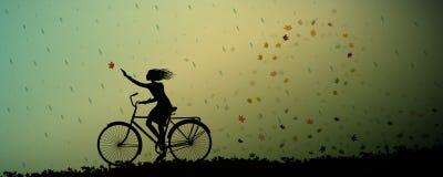 La pioggia di autunno, guida della ragazza su turbine e sulla pioggia delle foglie di autunno e della bicicletta ha cominciato, p illustrazione di stock