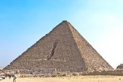 La pirámide del faraón Menkaure en Sáhara foto de archivo