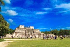 La piramide di kukulkan in Chichen Itza Piramidi maya, cielo, Cl Fotografia Stock