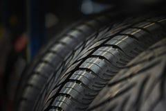 La pisada del neumático. Fondo conceptual. Imágenes de archivo libres de regalías