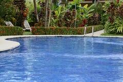 La piscina è quiete, rilassantesi e serene Immagini Stock