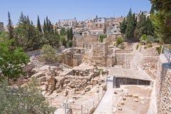 La piscina antigua de Bethesda arruina la ciudad del inOld de Jerusalén Fotos de archivo libres de regalías