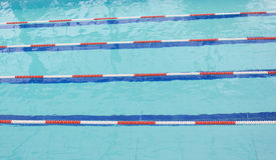 La concorrenza della piscina Fotografia Stock Libera da Diritti