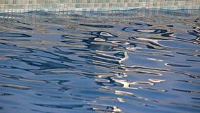 La piscina ondula el extracto Imagen de archivo